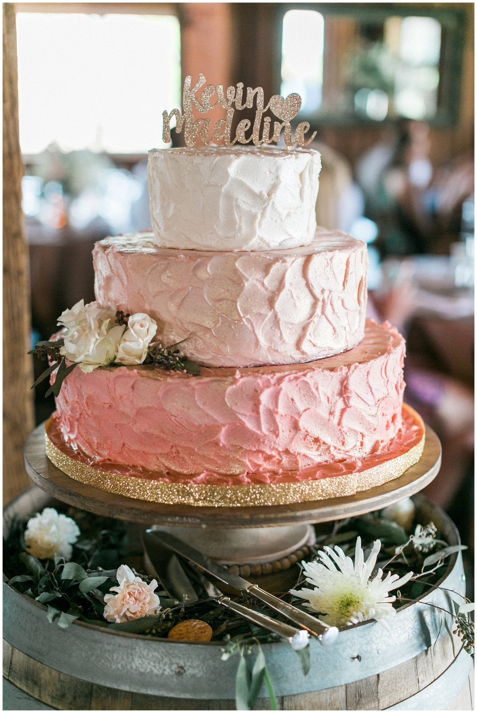 pink and gold ombre cake